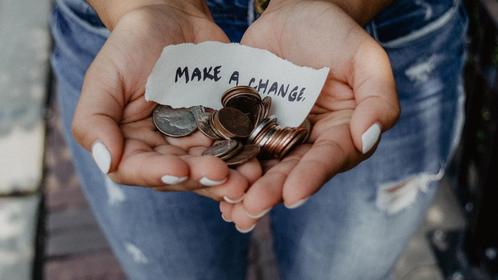 DonorInsightsFundraisingStrategy.BlogPost.CoverPhoto (1)